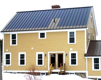 木结构独立住宅 使用彩钢板保温屋顶 完美结合